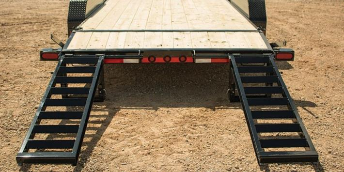 7x18 Load Trail Equipment Trailer