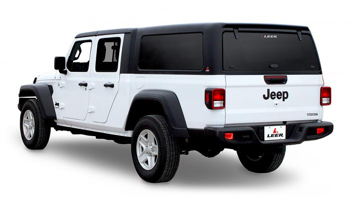 LEER 100XQ for a Jeep Gladiator