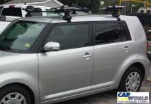 Thule Tracker II with Vertical Kayak Carrier